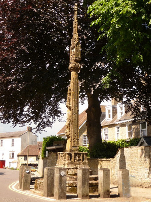 Stalbridge Market Cross. Photo by Chris Downer, for more information about the photographer click on the photograph.